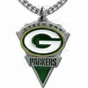 Green Bay Packers Pennant Pendant & Chain New